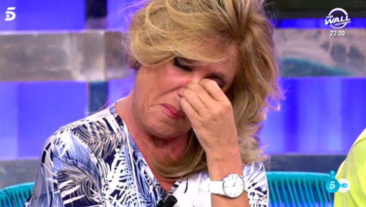 Lydia Lozano sin poder parar de llorar/ Fuente: telecinco.es