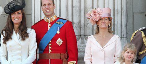 Los Duques de Cambridge, la Condesa de Wessex y Lady Louise Windsor