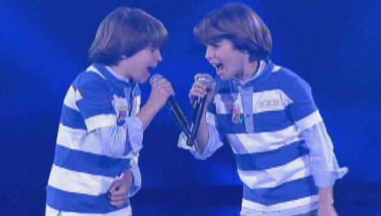 Jesús y Daniel durante una actuación en el concurso de Antena 3 'Quiero cantar'