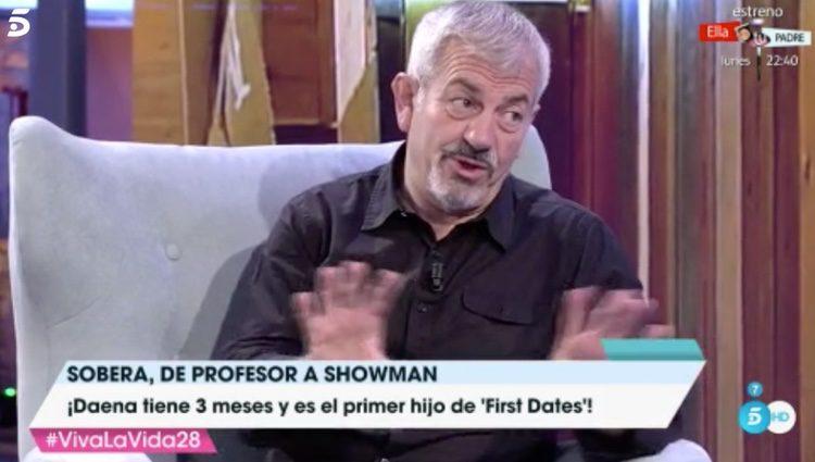 Carlos Sobera durante su entrevista con Toño Moreno/ Fuente:'Viva la Vida'