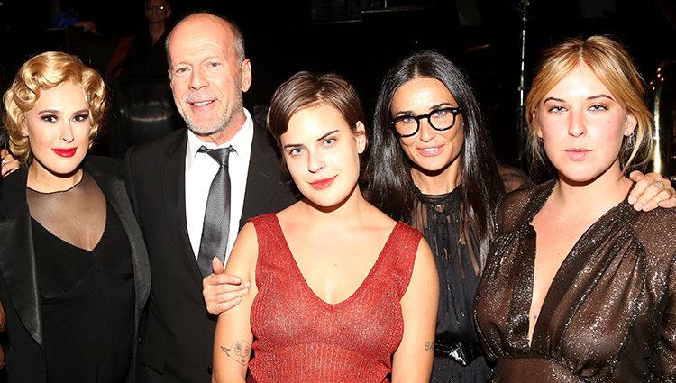 Bruce Willis y Demi Moore con sus tres hijas, Rumer, Tallulah y Scout