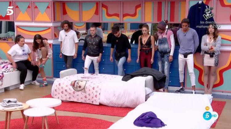 Los concursantes corren para conseguir el mayor número de puntos para nominar | telecinco.es