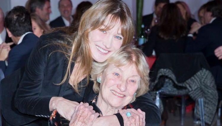 Carla Bruni con su madre Marisa Borini