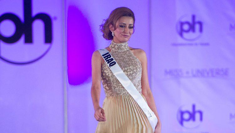 Miss Irak en la pasarela del certamen de Miss Universo/ Fuente: Instagram