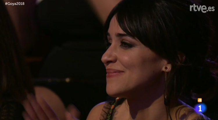 Macarena García escucha orgullosa a Leiva