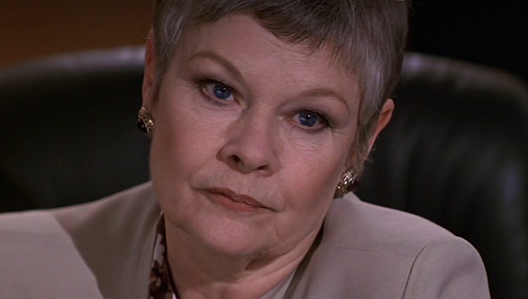 Judi Dench en 'GoldenEye'