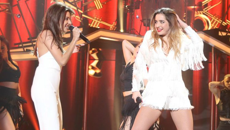 Ana Guerra y Mimi cantan 'Don't you worry about a thing' en la gala #OTFiesta | RTVE