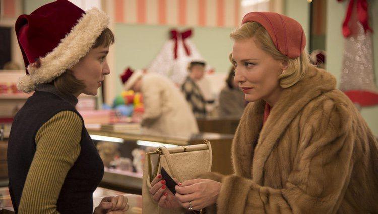 Fotograma de la película 'Carol', protagonizada por Cate Blanchett y Rooney Mara