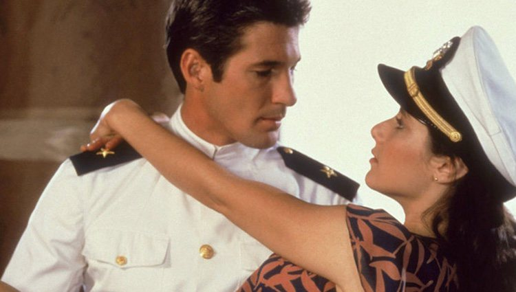Richard Gere y Debra Winger en 'Oficial y caballero'