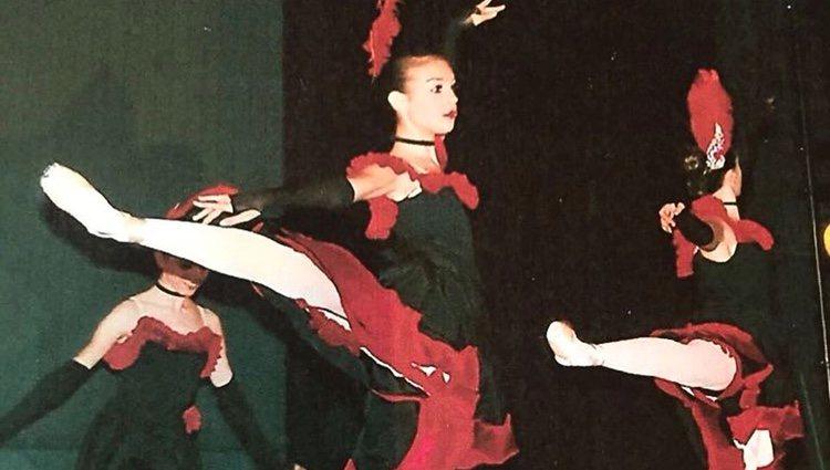 Georgina Rodríguez cuando era pequeña haciendo danza/ Fuente: Instagram