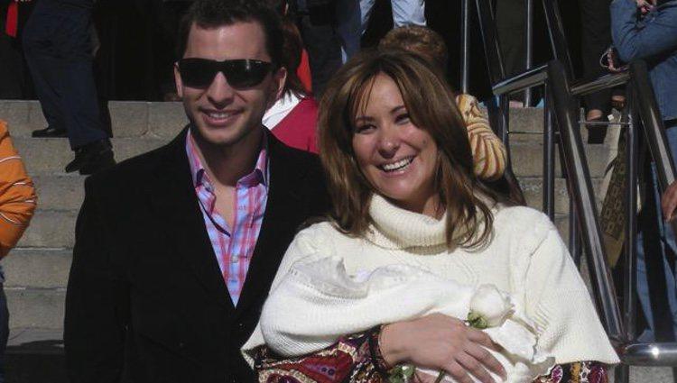 Antonio Tejado y Rosario Mohedano presentan a su primer y único hijo