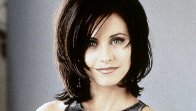 Courteney Cox como Monica Geller en los inicios de la serie 'Friends'