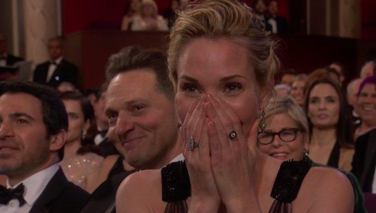 Leslie Bibb, emocionada después de que Sam Rockwell ganara el osacr 2018