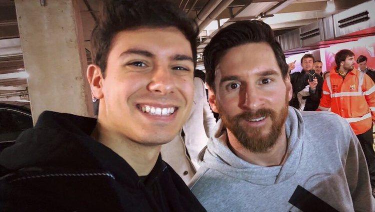 Alfred con Leo Messi / Instagram