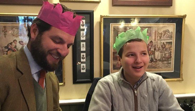 El Príncipe Casimir con Alexander zu Sayn Wittgenstein Sayn, el hijo que tiene junto a Corinna | Foto: Instagram