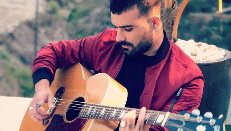 Tutto Durán con su guitarra/Foto: Instagram