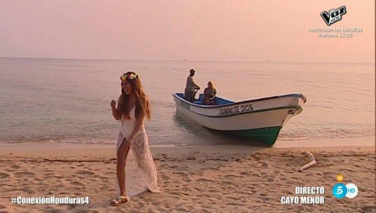 Chabelita Pantoja llega en barca a la ceremonia garífuna | telecinco.es