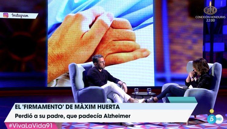 En pantalla, la foto que subió al morir su padre / Fuente: Telecinco.es