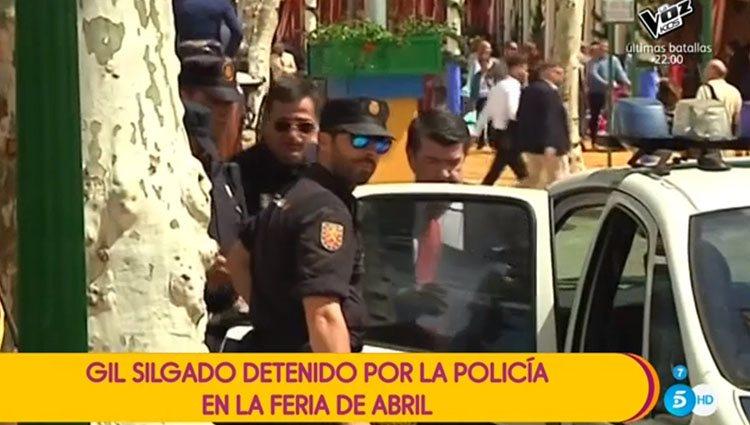 Gil Silgado, siendo detenido en la Feria de Abril. Foto: Telecinco