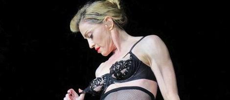 Madonna concierto Estambul, enseña un pecho