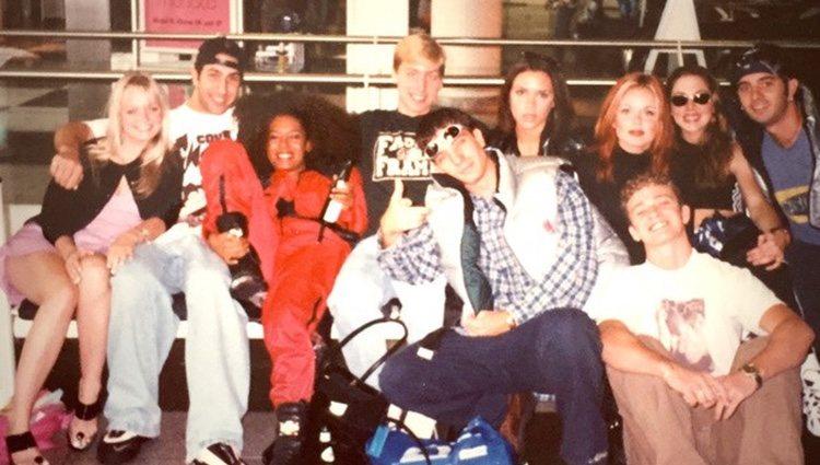 Las Spice Girls y NSYNC en 1996 / Instagram