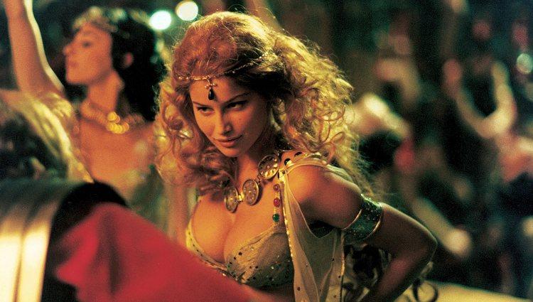 Laetitia Casta debutó como actriz dando vida a Falbala en 'Astérix y Obélix contra César'