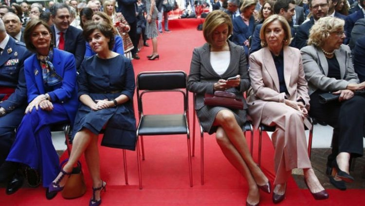 Sáenz de Santamaría y Cospedal, protagonistas del 2 de mayo