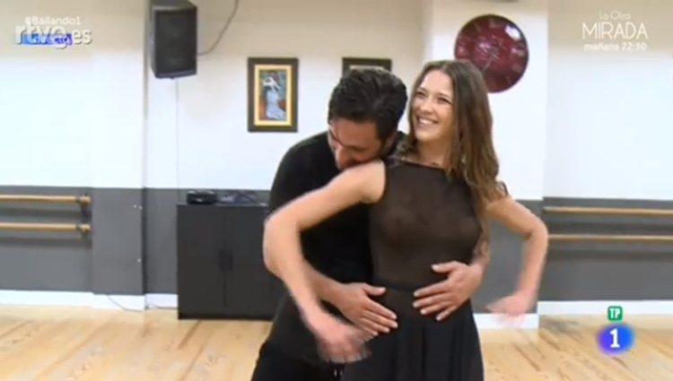 David Bustamante y Yana Olina durante los ensayos/ La 1