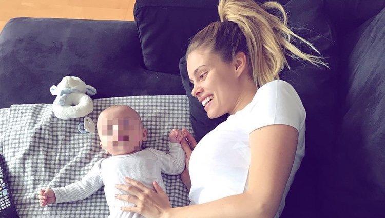 Triana Ramos con su bebé / Instagram