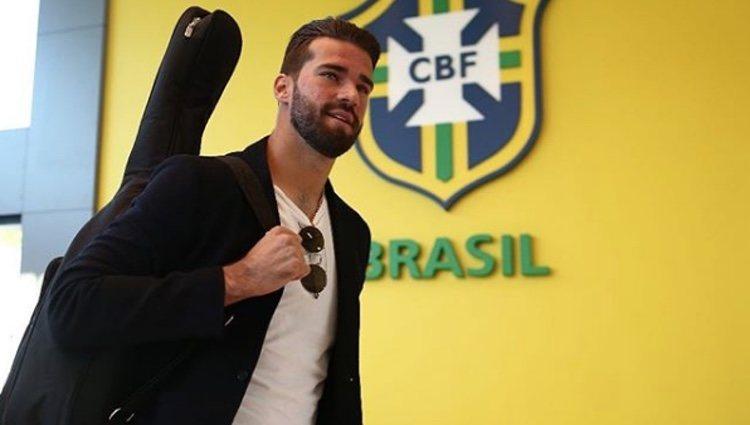 El brasileño es capaz de hipnotizarte con su mirada | Fuente: Instagram