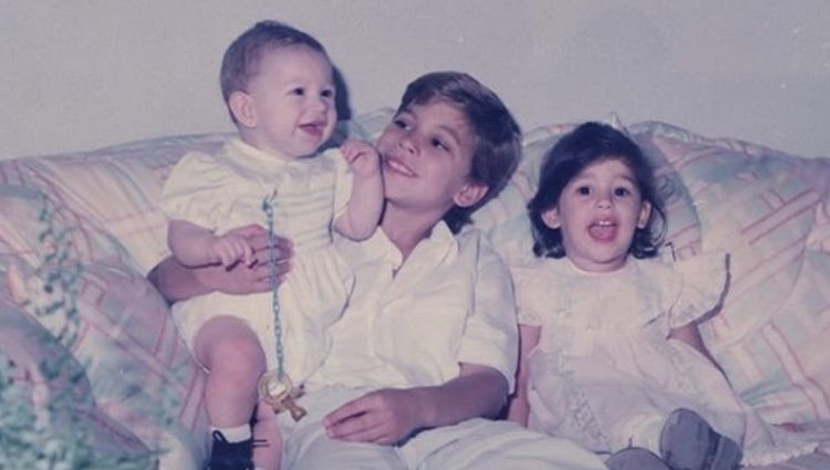Sergio, René y Miriam Ramos cuando eran pequeños | Fuente: Instagram Sergio Ramos