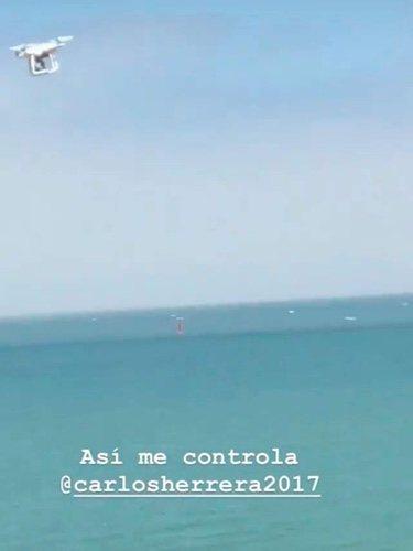 Captura del vídeo en el que Carlos Herrera 'espía' a su hija/ Fuente: Instagram