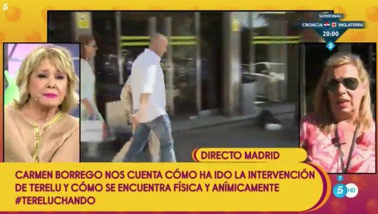 Carmen Borrego salió a atender a los medios la tarde de la operación / Telecinco.es