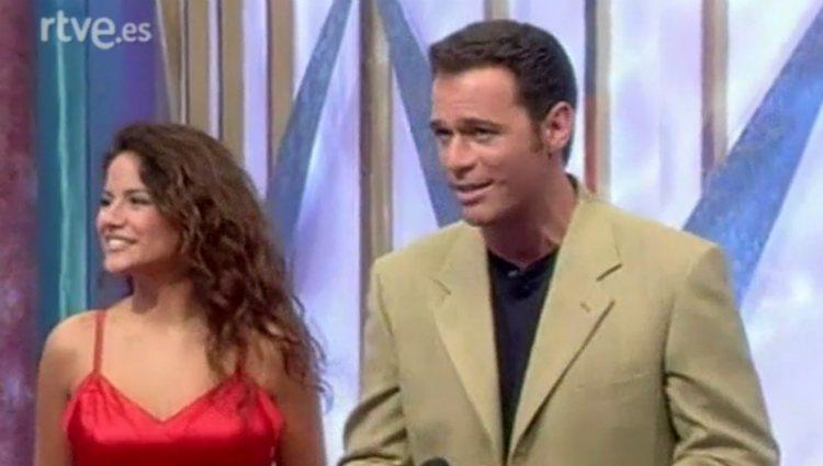 Mónica Hoyos y Carlos Lozano en el concurso 'El precio justo' | rtve.es