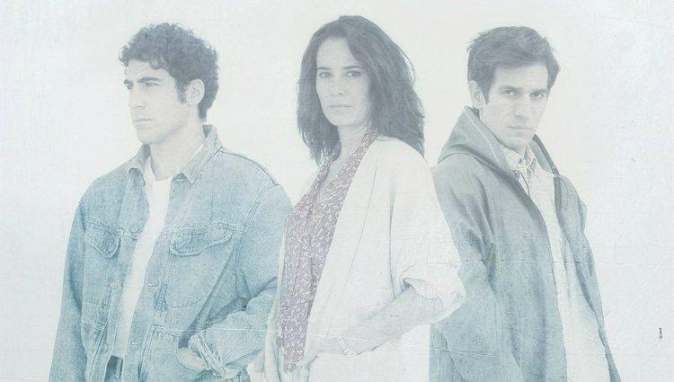 Miguel Ángel Silvestre, Celia Freijeiro y Quim Gutiérrez en el cartel de 'Todo es silencio'