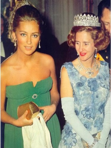 Paola de Bélgica junto a la Reina Fabiola