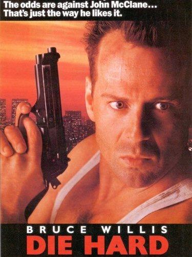 En los primeros carteles promocionales no aparecía Bruce Willis