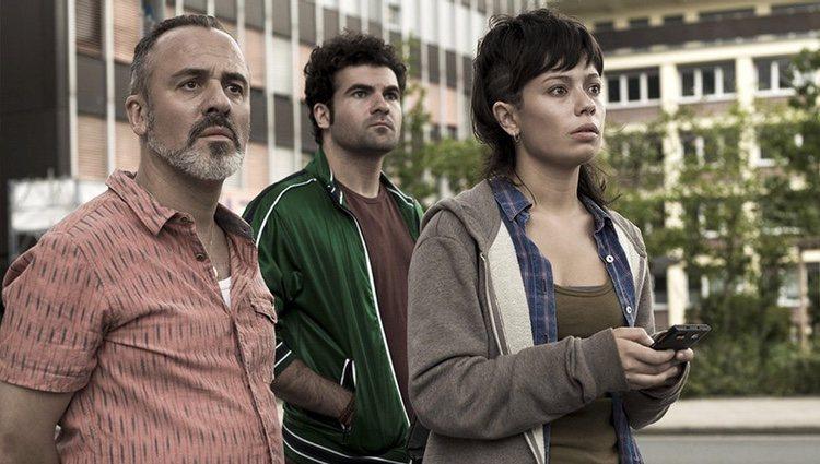 Anna Castillo con Javier Gutiérrez y Pep Ambròs en 'El olivo'