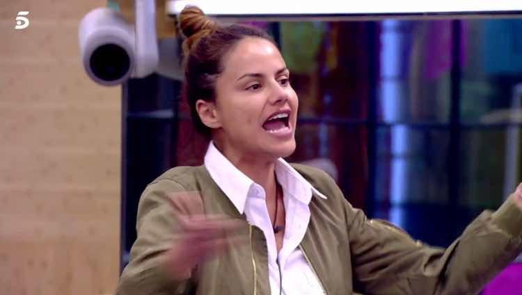 Mónica Hoyos discutiendo en directo con Miriam Saavedra / Telecinco.es