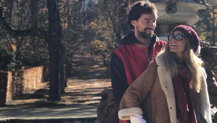 La pareja contrajo matrimonio en 2017, tras cinco años de relación / Fuente: @almusca