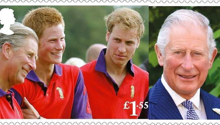Dos de los sellos emitidos con motivo del 70 cumpleaños del Príncipe Carlos