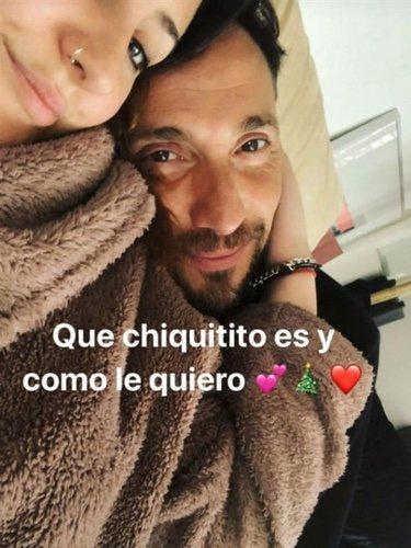 Foto que ha publicado Rocío Flores con su padre tras finalizar el juicio
