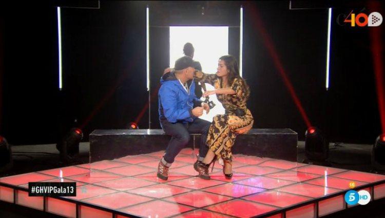 Miriam y Koala se abrazan tras la expulsión de Mónica que los convierte en finalistas | telecinco.es