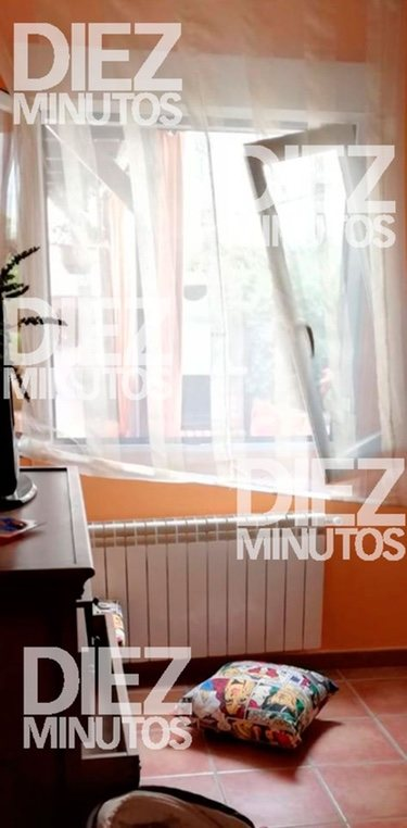 El interior de la casa de Kiko Hernández tras el robo | Foto: Diez Minutos