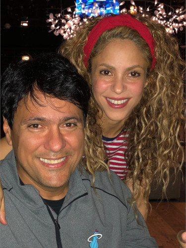 Shakira junto a su hermano Tonino por su cumpleaños/Foto:Instagram