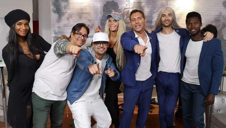 Iván Madrazo con sus compañeros de programa |Twitter