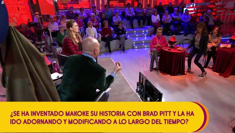 Kiko Matamoros contando la nueva versión en 'Sálvame' | Foto: Telecinco.es