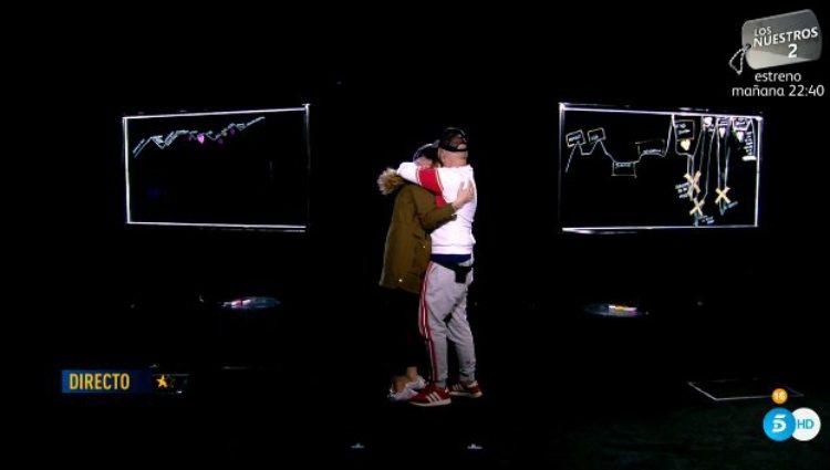 Irene y Kiko se funden en un abrazo tras sus respectivas 'curvas de la vida' | telecinco.es