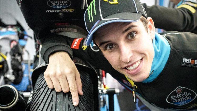 Álex Márquez posa sonriente minutos antes de una carrera/Foto:Instagram