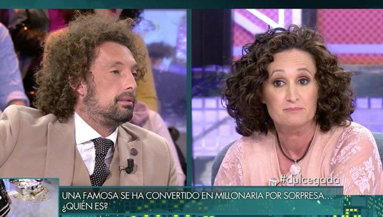 Los colaboradores preguntado a Dulce / Foto: Telecinco.es